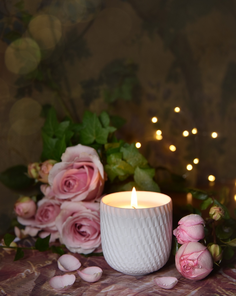 Twist-Candle---Pure-Rose--LiliROZE