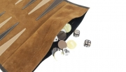 hector-saxe-backgammon-travel-velvet-leather-cognac-detail