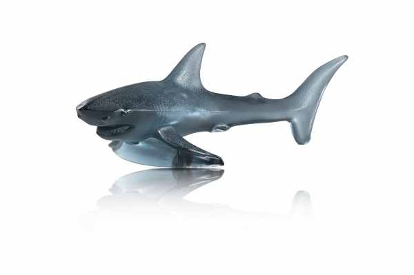 10673200---Sculpture-Requin-GM-bleu-Persepolis---HD